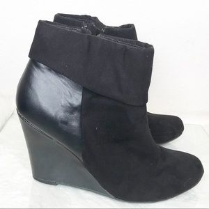 Report Sz 8.5 Riko suede & smooth textured bootie